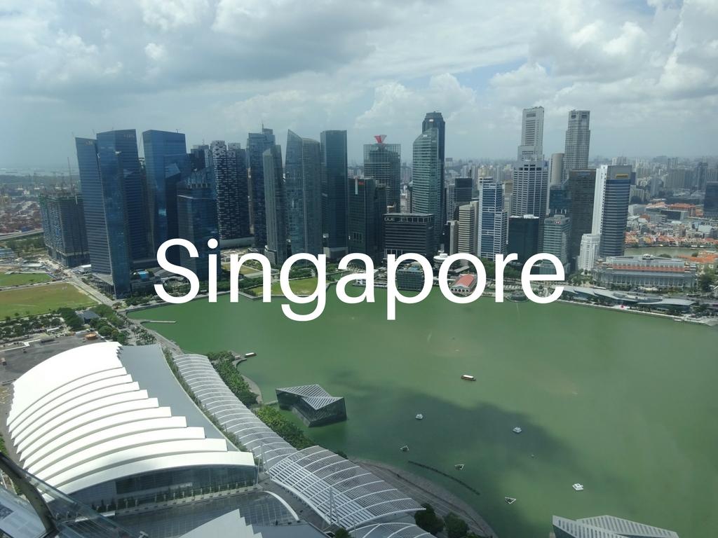 family-travel-adventure-Singapore