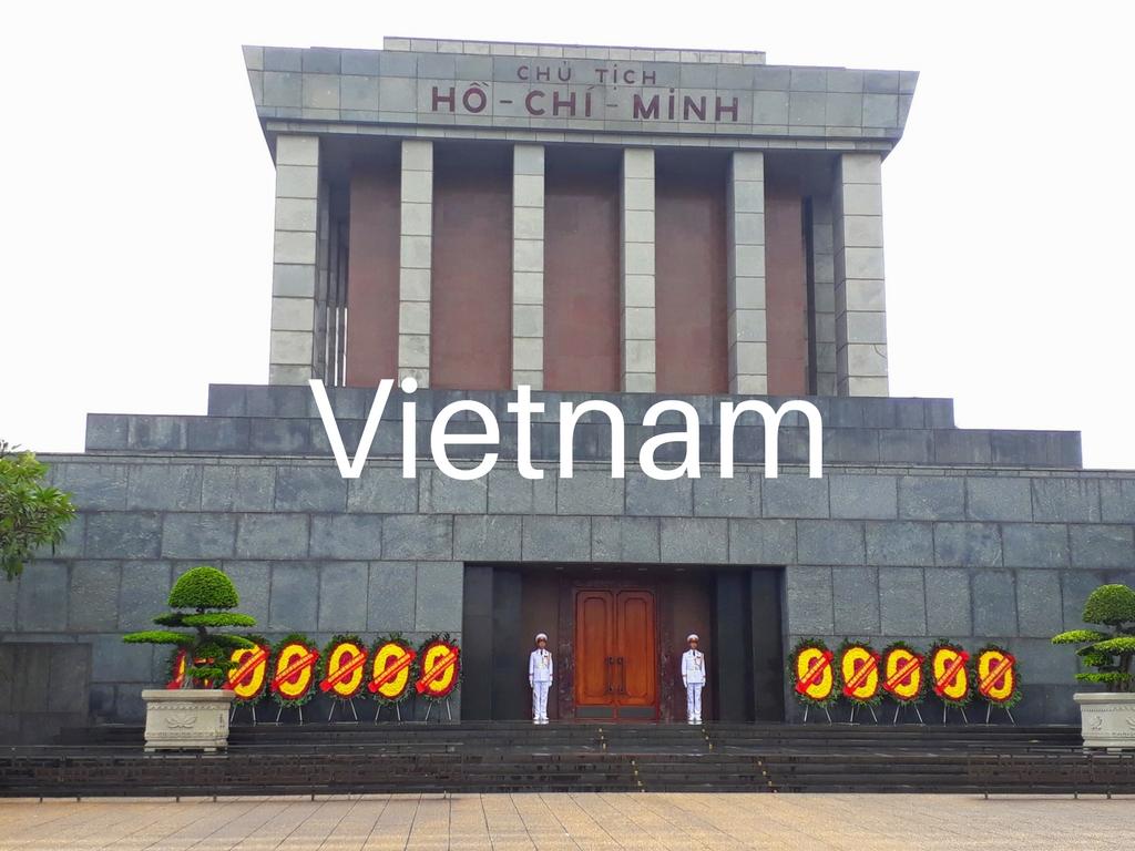 family-travel-adventure-Vietnam