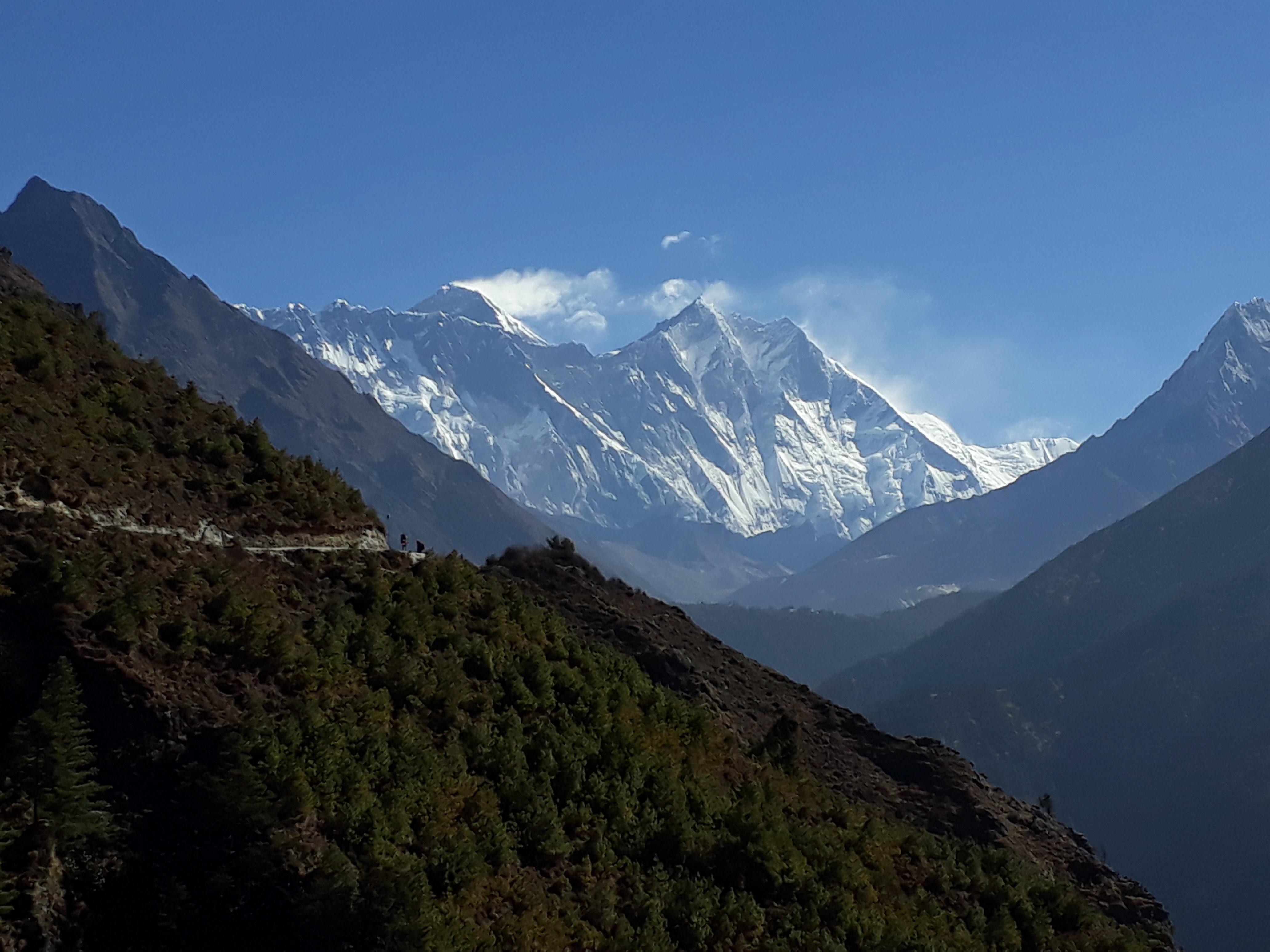 Everest base camp on a budget - Everest