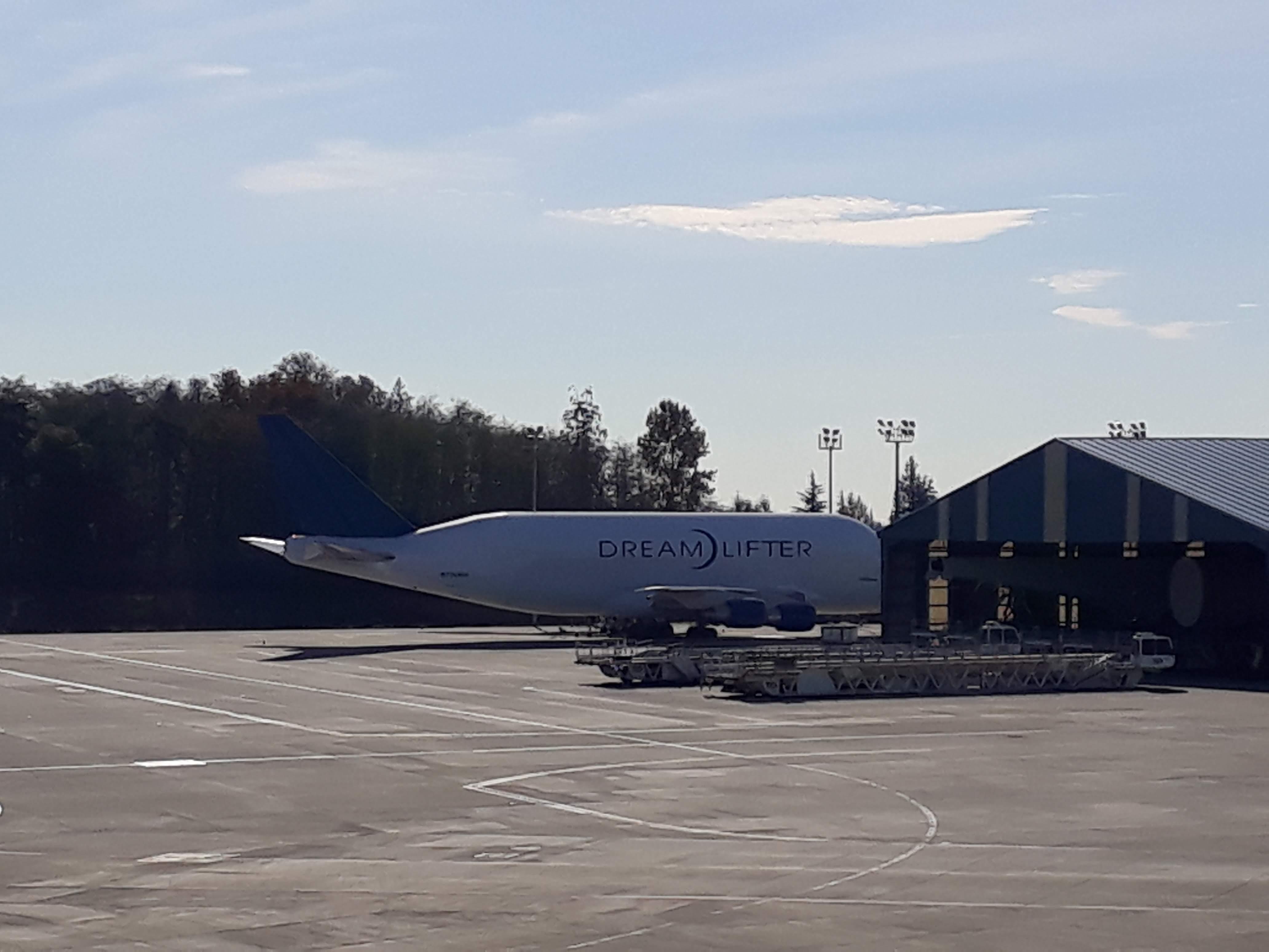 Boeing factory tour - A Dream Lifter Jet