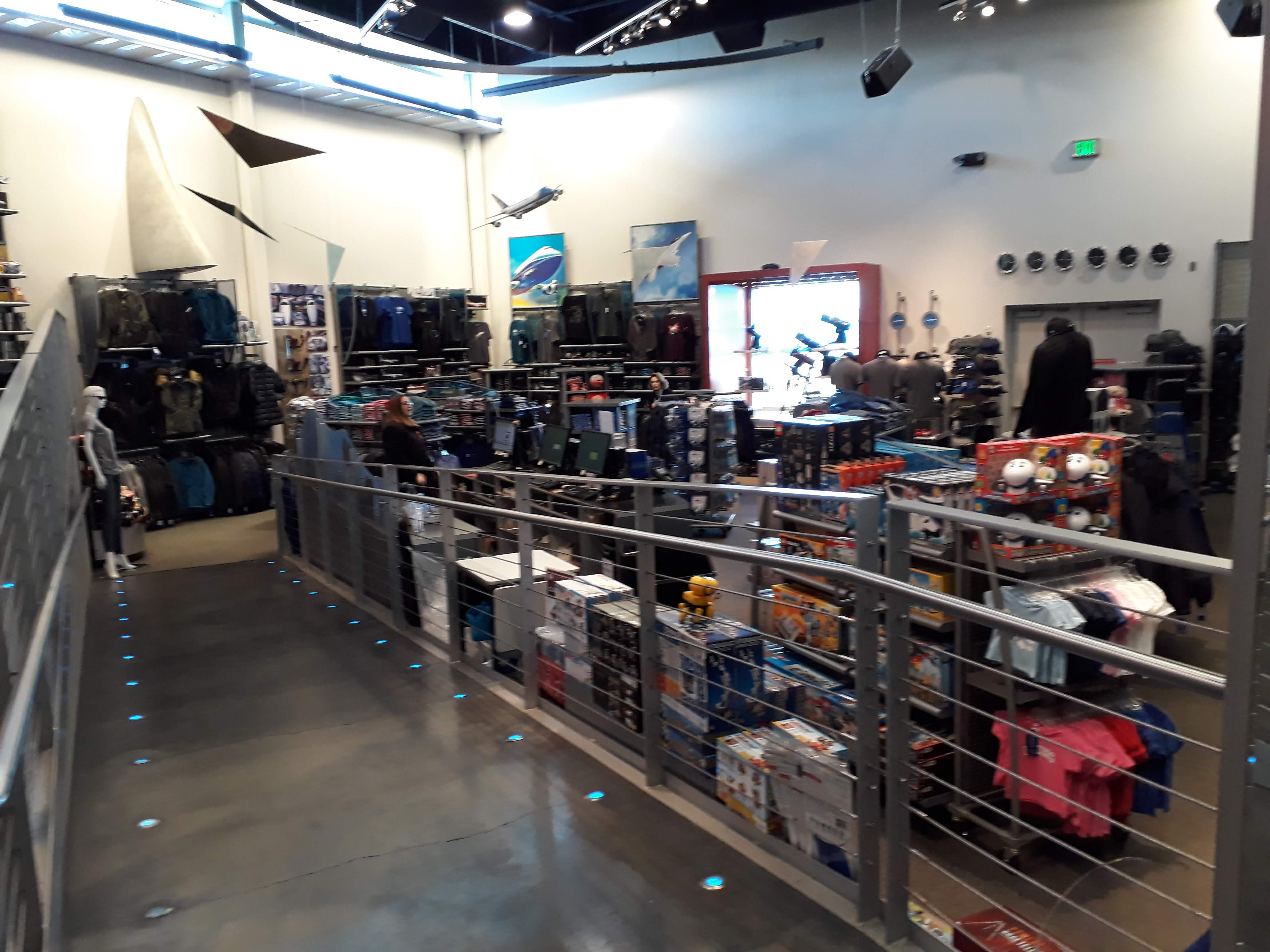 Boeing factory tour - The Boeing Shop