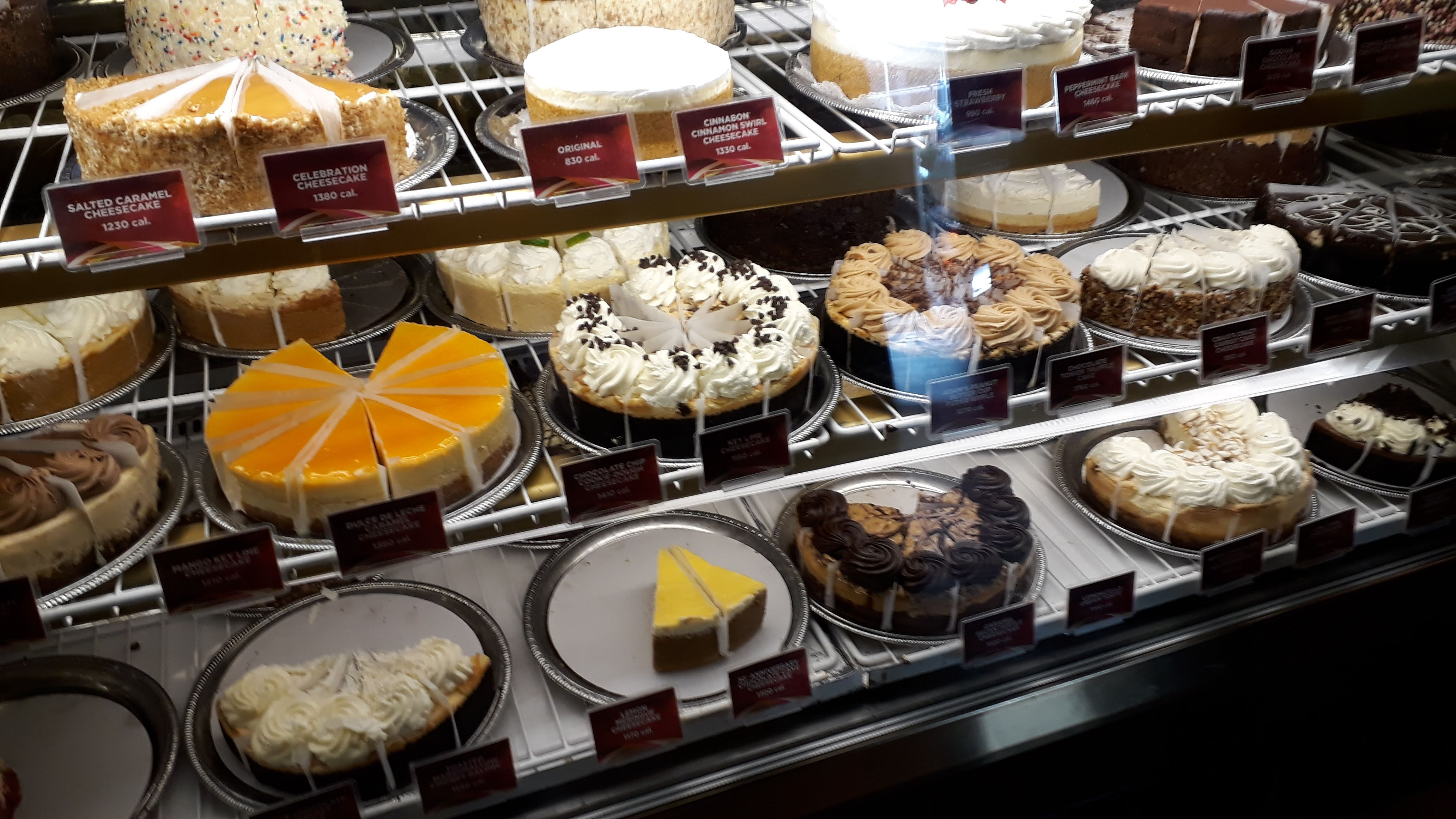 The Grove Mall - The Cheesecake Factory Choices