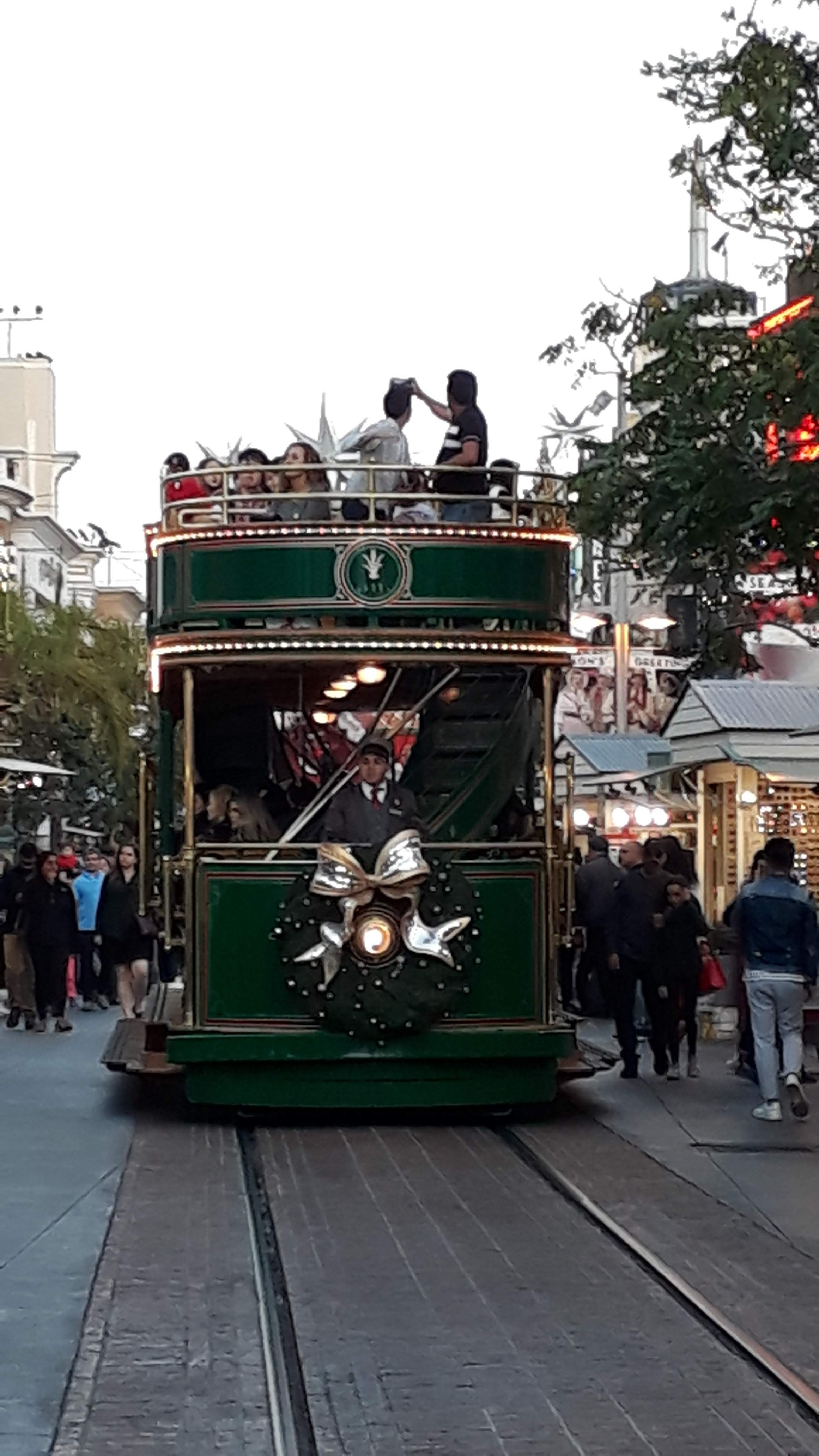 The Grove Mall - The Grove Trolley