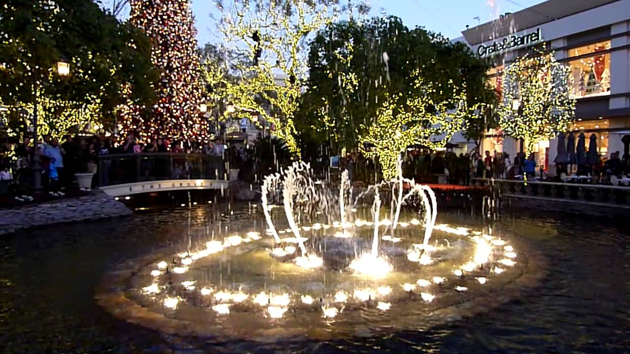 The Grove Mall - The Dancing Fountain