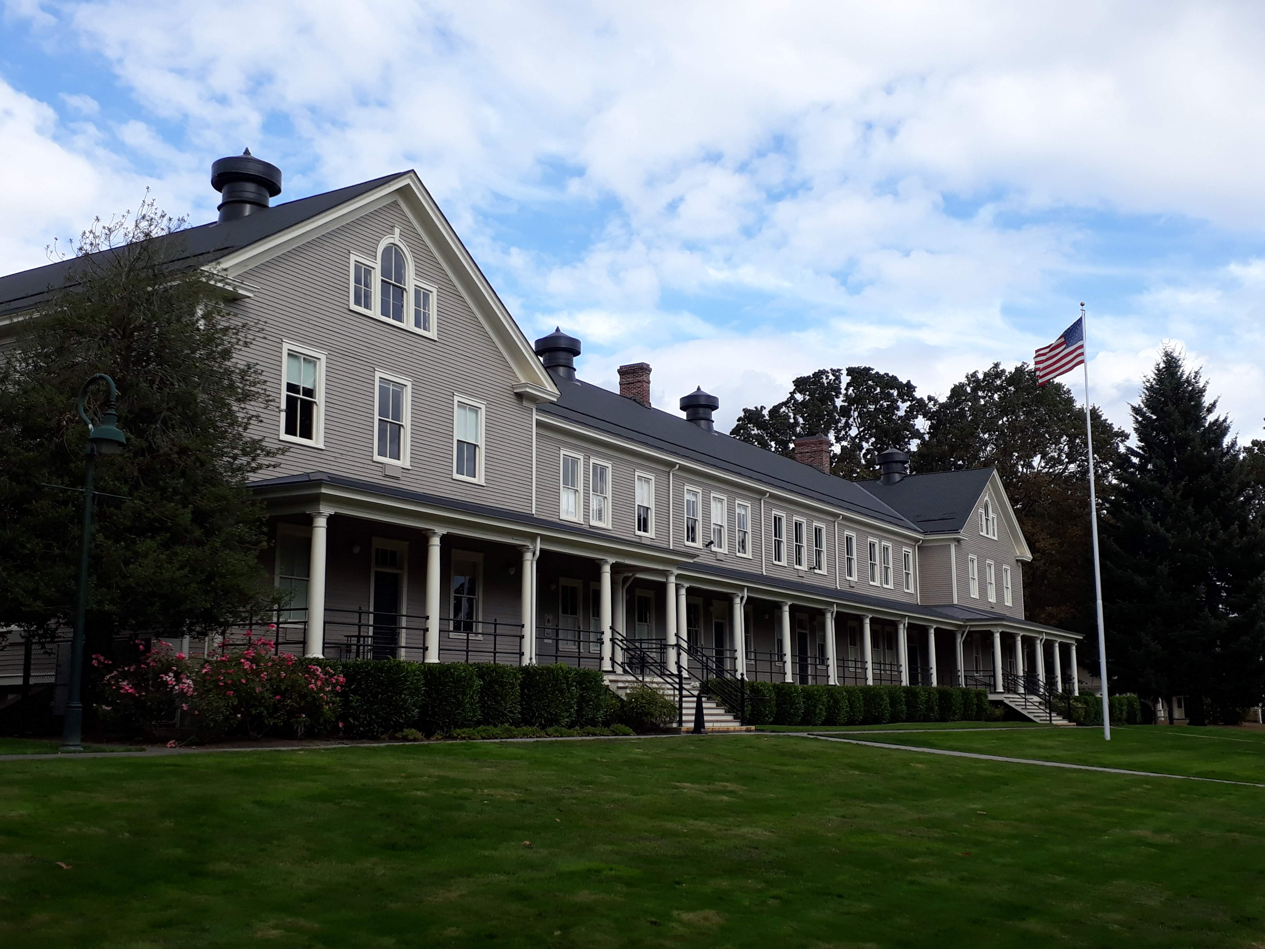 visiting Fort Vancouver - Vancouver Barracks